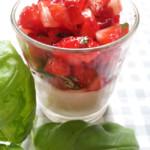 panna cotta mit erdbeeren und basilikum dessert einfach