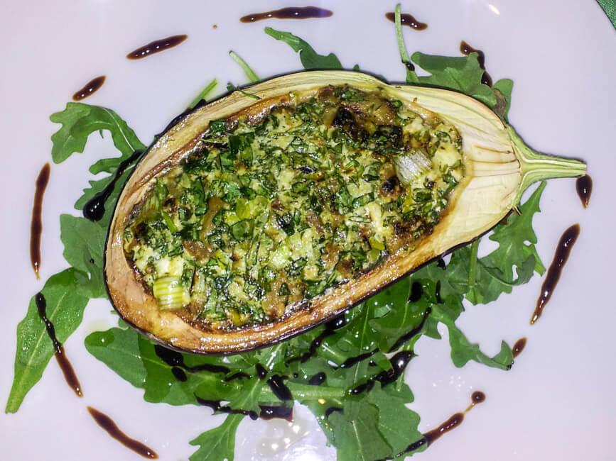 aubergine mit ziegenkäse und rucola füllung vegetarisch veggie