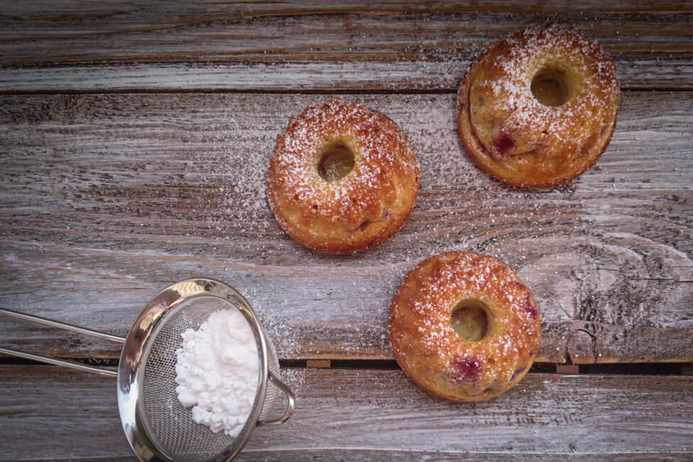marmor kirsch gugelhupf mini kuchen einfach marmorkuchen früchte