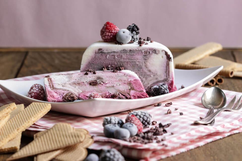 beeren parfait dessert eiscreme eis schokolade sommer