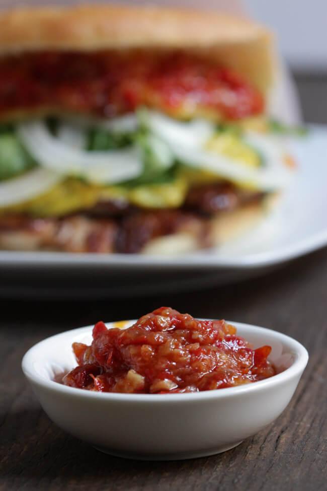 döner curry sauce huhn salat zwiebeln sambal oelek selbst machen chili sauce für döner türkisch dönerfladen selbst backen