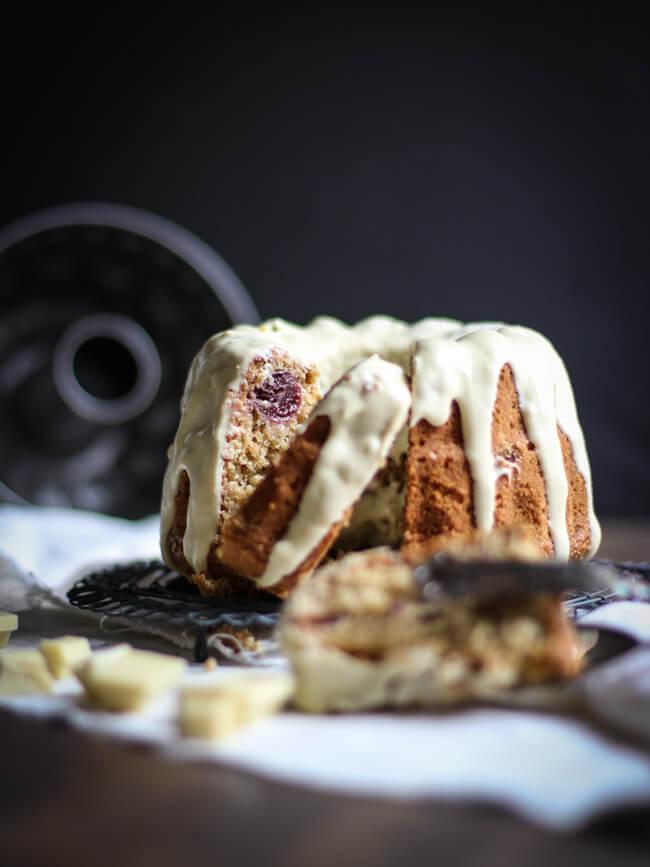 amaranth kirsch gugelhupf kuchen rührkuchen weiße schokolade