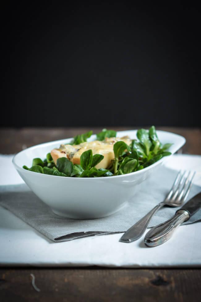 überbackene birnen mit gorgonzola feldsalat und vinaigrette