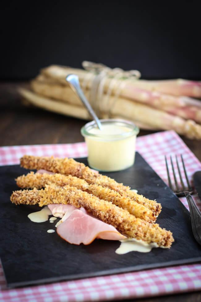 frittierter spargel mit sauce hollandaise dip