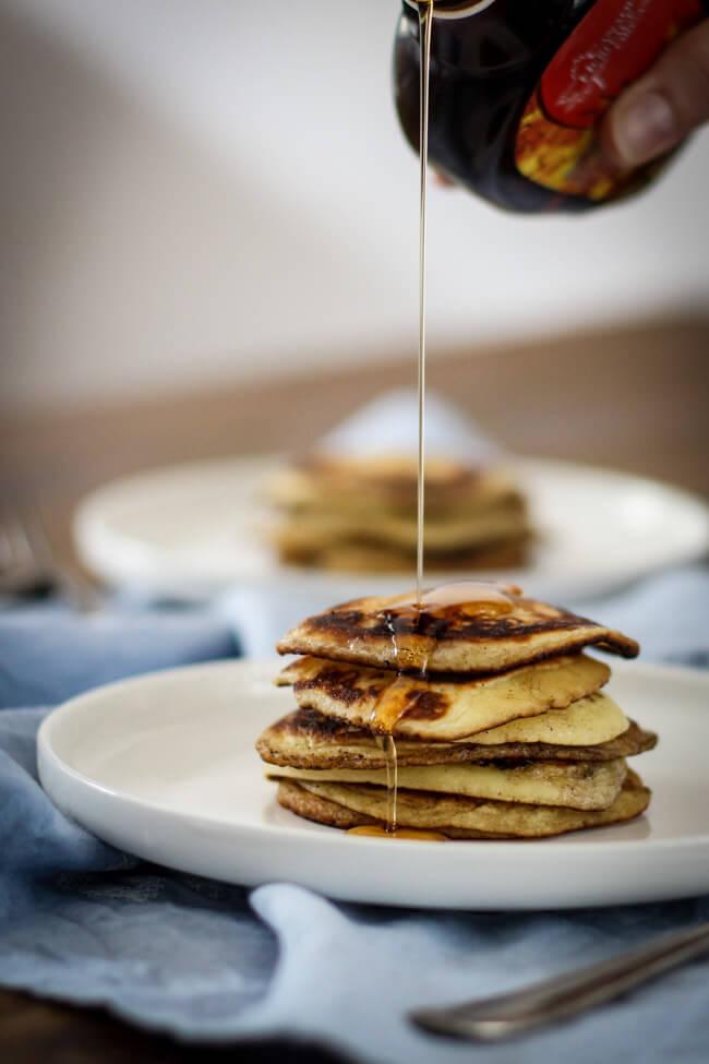 pancakes mit ahornsirup usa amerikanisch frühstück