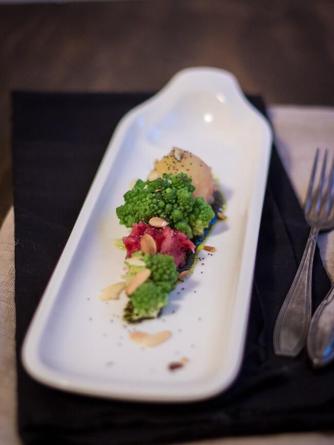 mini kartoffel knödel mit mohnpesto und romanesko vegan vegetarisch veggie