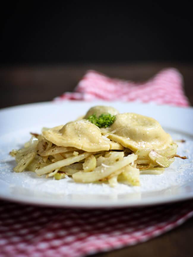 tortellini pasta selbst machen trüffel ricotta fenchelgemüse