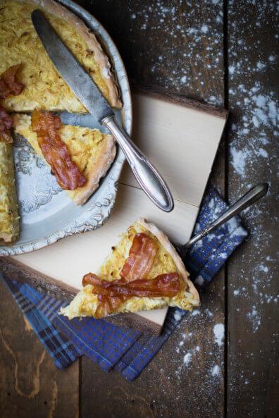 sauerkraut quiche tarte mit senf speckchips bacon chips