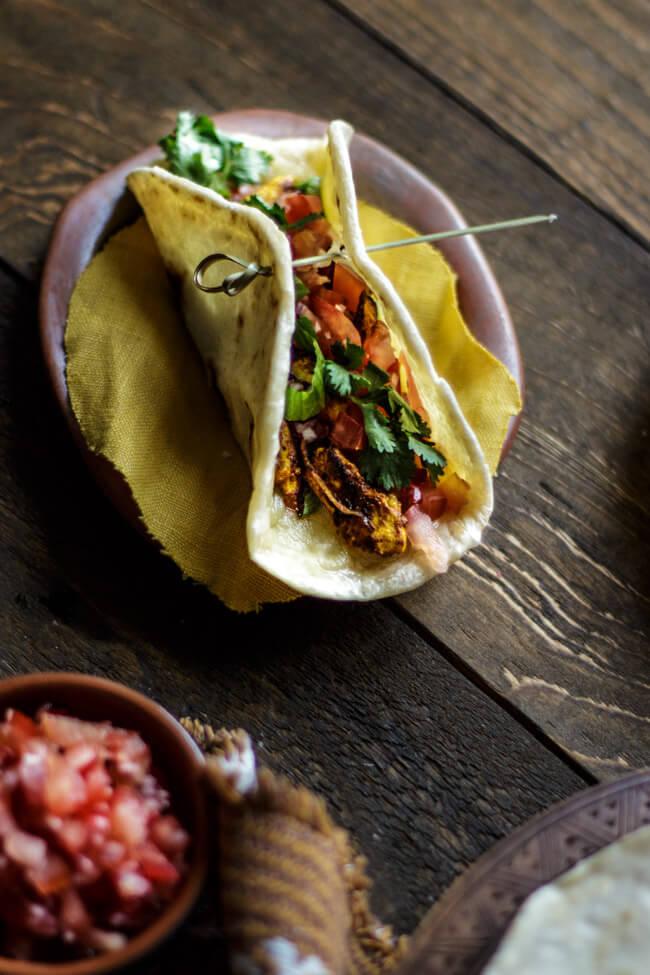 tortilla fladen weizen fladen gefüllte hähnchen koriander