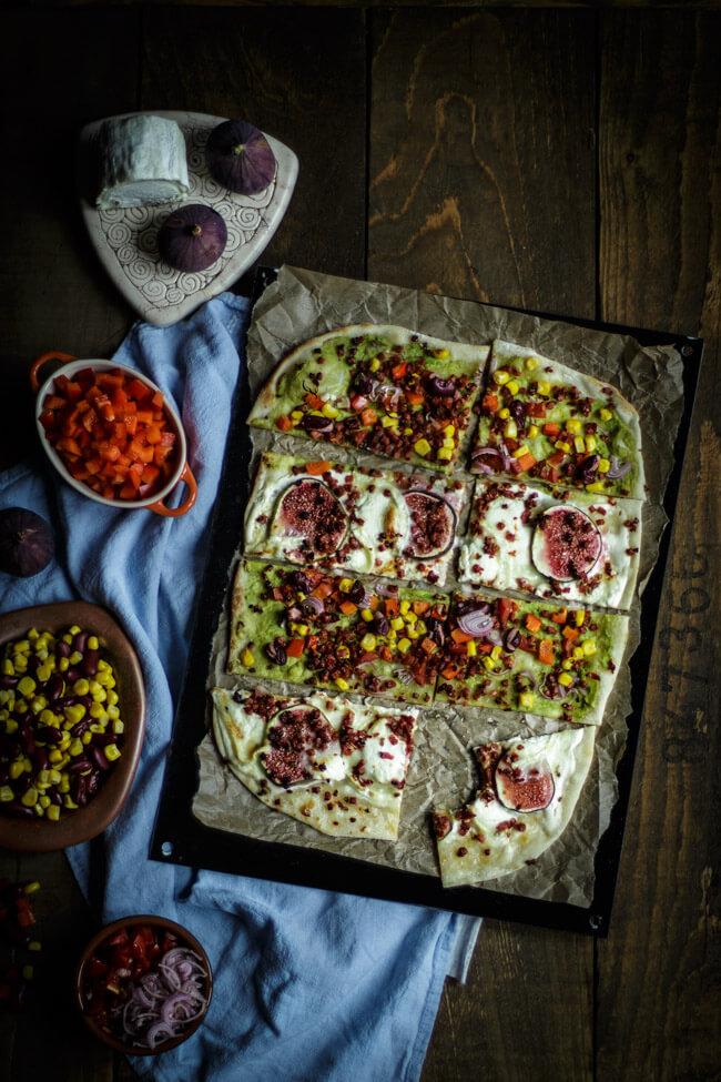 flammkuchen mexico avocado ziegenkäse feigen schinkenwürfel nuggetz speck