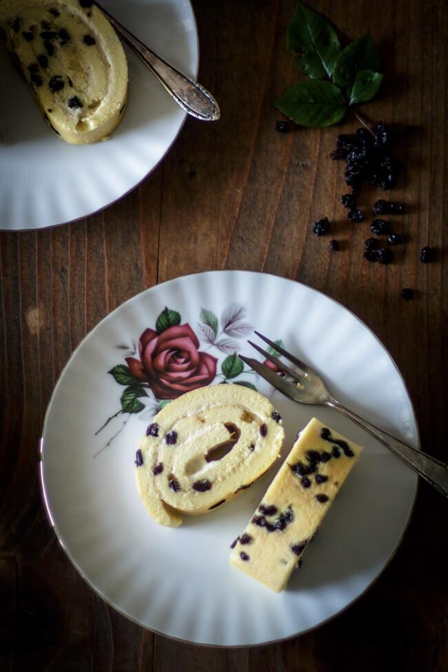 spotted dick bisquitrolle mit vanillecreme füllung custard biskuitroulade
