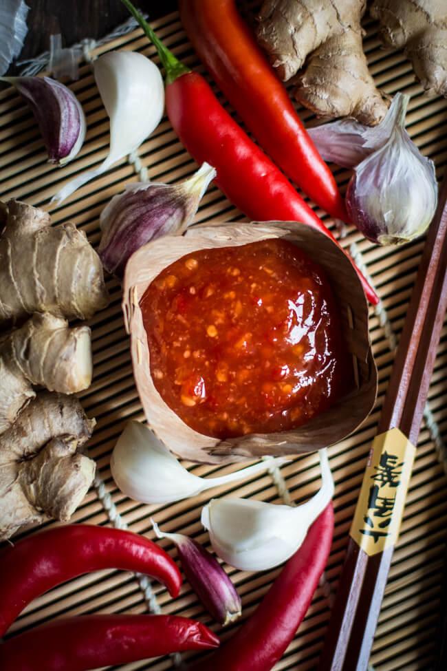 Sweet Chili Sauce in Bananenblatt Schälchen