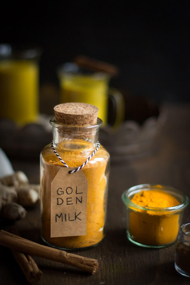 golden milk gewürzmischung kurkuma latte indisch ayurveda gesund vegan
