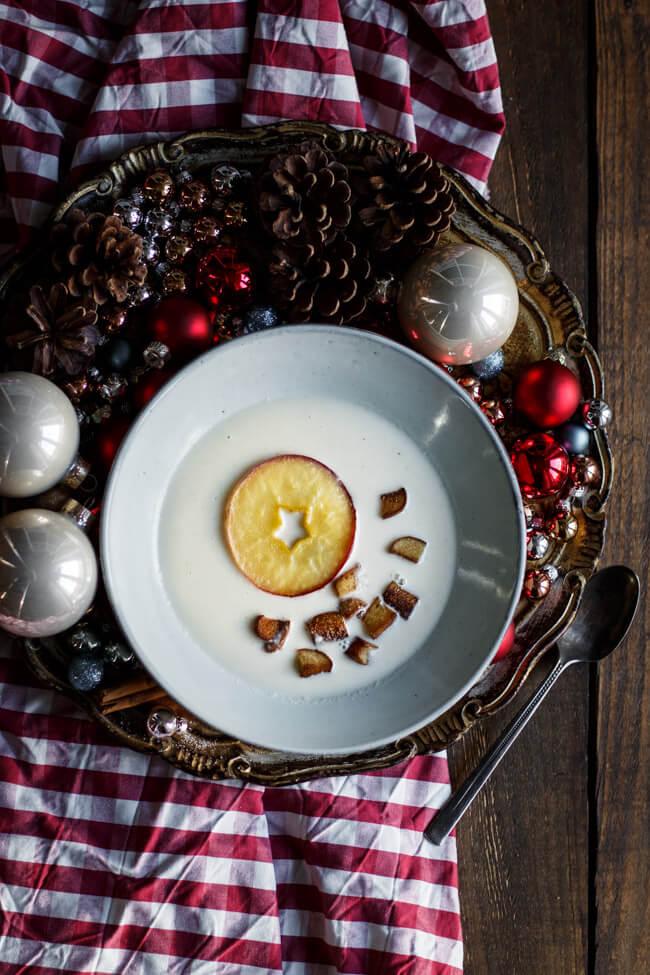 Meerrettich suppe Cremesuppe Brezencroutons karamellisierter Apfel Rettich Merrettich