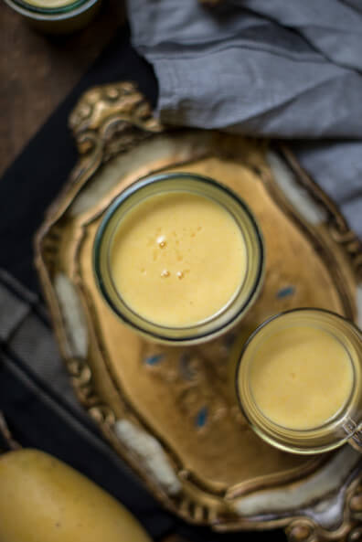 mango lassi indisch joghurt getränk erfrischungsgetränk