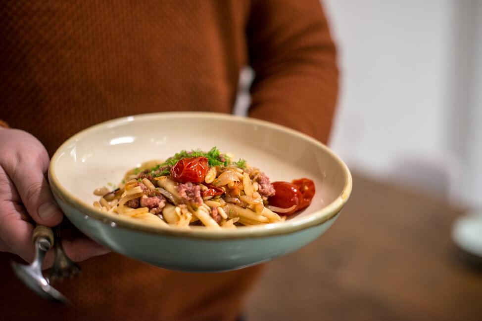 pasta mit fenchel salsiccia pinienkernen und tomaten nudeln pastagericht einfach schnell