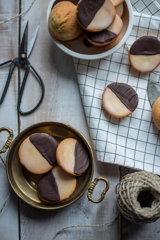 amerikaner mini gebäck bäckerei plunder kindergeburtstag fasching konfetti zitronenglasur schokoladenglasur