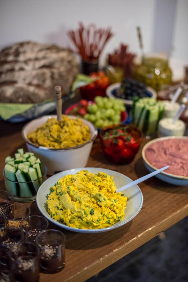 brotaufstrich tandoori masala sultans freuden datteln curry samosas erbsen kartoffeln anis frischkäse buffett indisch indian party