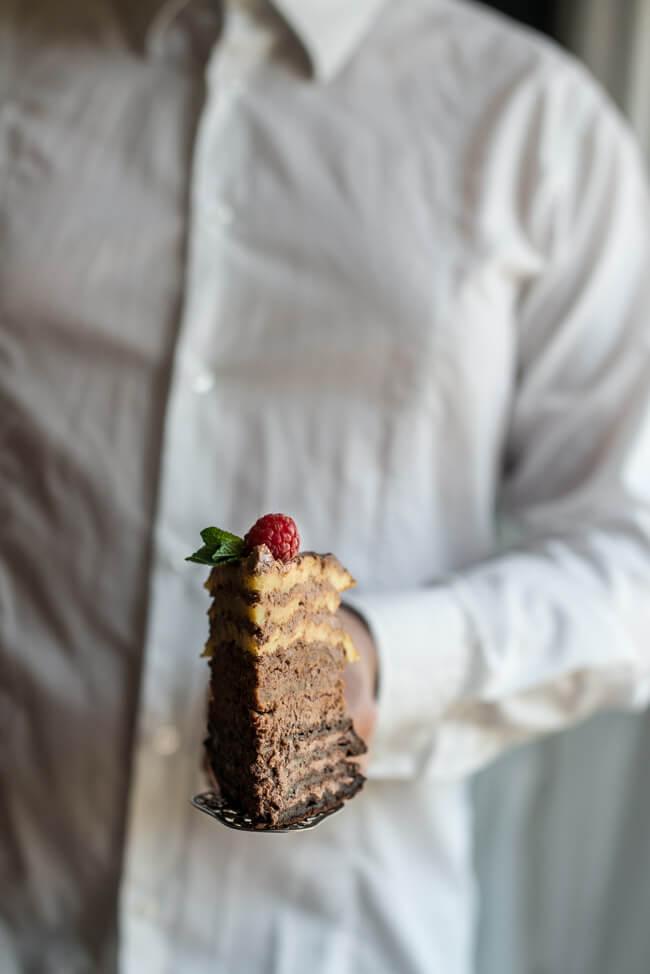 Ombre Schokoladen Waffel Törtchen Torte Muttertag Schokolade Waffeltorte backen schokoladencreme Dessert Beeren Himbeeren Brombeeren Minze