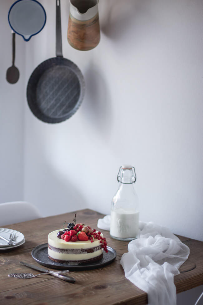 panna cotta torte ohne gelatine vegetarisch agar agar früchte rote beeren schokoladen bisquit milch vanille dessert