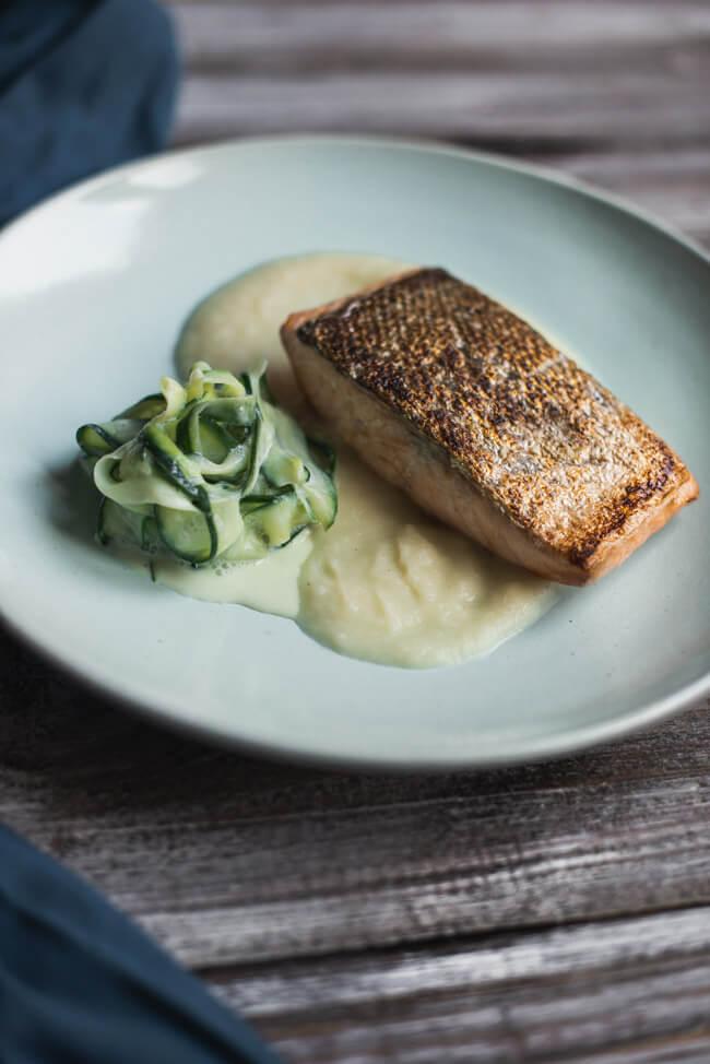 lachsfilet kohlrabipüree sauerrahm gurkensalat kohlrabi braten schnell lowcarb gesund healthy
