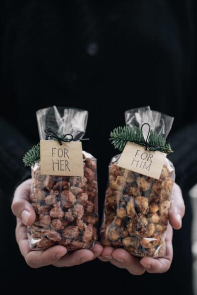 gebrannte mandeln for her gebrannte cashews mit candy bacon for him