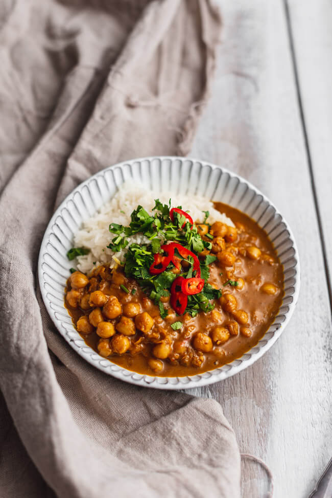 Veganes Kichererbsen Curry mit Reis