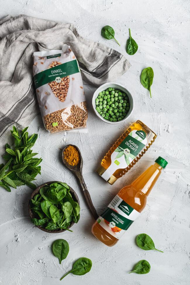 Bombay Chicken Bowl Green Erbsen Spinat Kiwi Minzsauce Agavendicksaft Apfelessig naturtrüb Dinkel Schneekoppe ALDI SÜD healthy food gesund vollkorn vollwertig Blattspinat