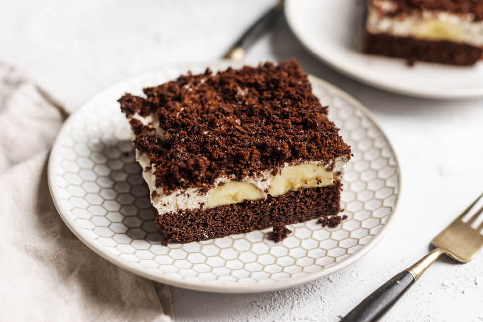 Maulwurf Kuchen Maulwurfkuchen Banane Schokoladenkuchen Straciatella Creme Sahne Quark einfach Blechkuchen Sommer Kühlschrank