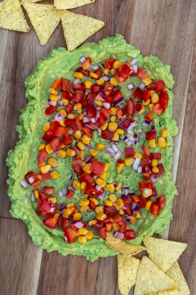 Guacamole mit Mexico Salat Tortillachips