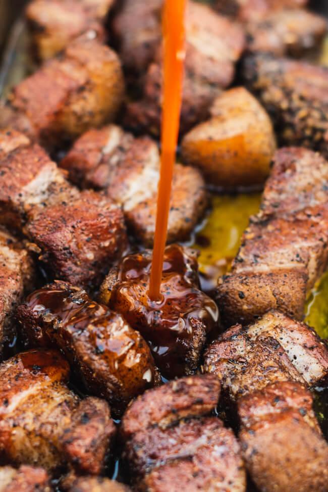 Pork Belly Burnt Ends Asia Style Schweinebauch Pralinen Grillen BBQ Barbecue Asiatisch räuchern lowcarb glutenfrei schmoren
