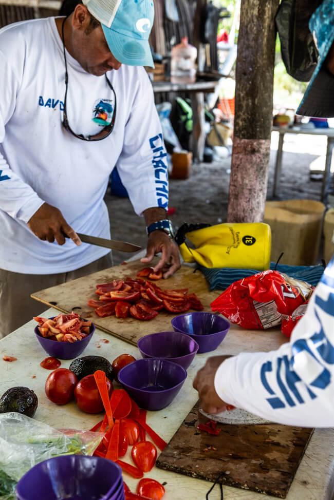 Isla Holbox Mexiko türkisblaues Meer Karibik Cabo Catoche Bootstour Ausflug selbst fischen Ceviche Barsch Angeln