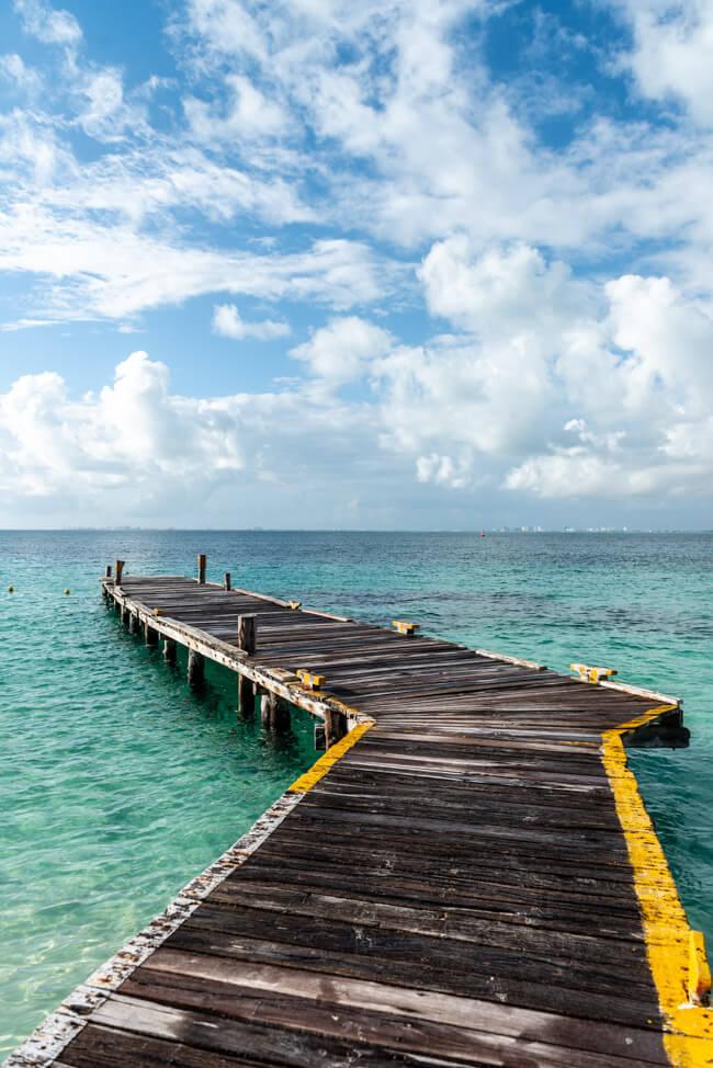 Mexiko Isla Mujeres Karibik Insel Playa Norte türkisblaues Meer Steg