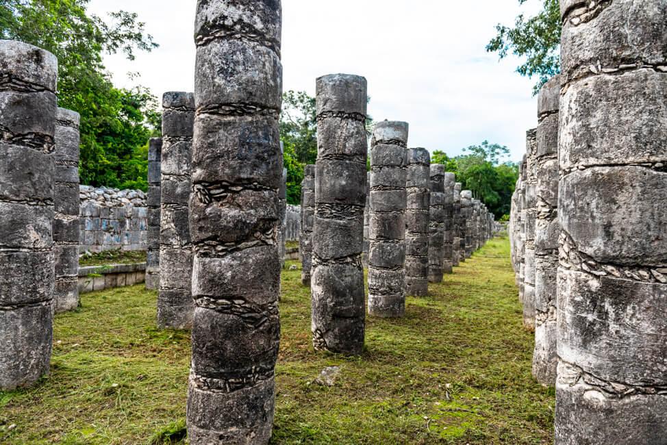 Chichén Itzá Maya Pyramide Wahrzeichen Säulengalerie