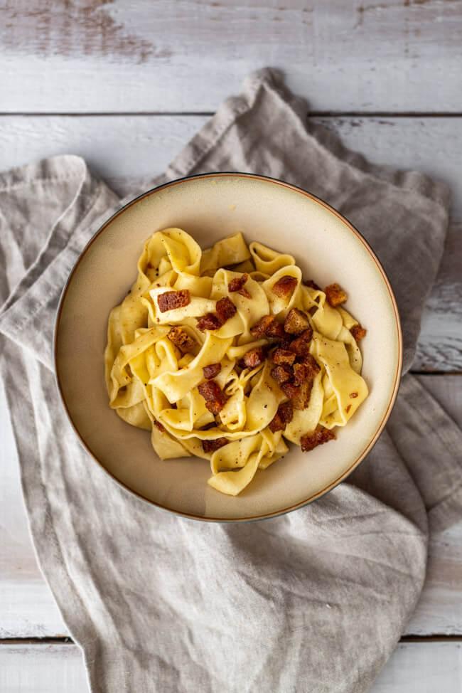 Nudeln mit brauner Butter und Bröseln Nussbutter Beilage Tagliatelle selbstgemacht hausgemacht Elsass