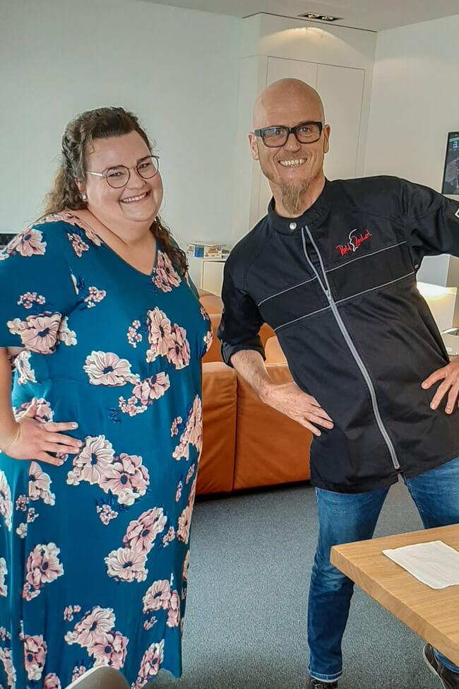 Tina Kollmann mit Ralf Zacherl bei Die Küchenschlacht.