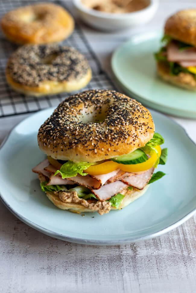 Turkey Bagels mit Erdnussbutter | foodundco.de | Foodblog aus Nürnberg