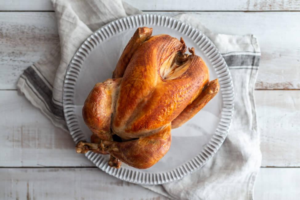 Truthahn: Ganze gebackene Baby Pute aus dem Ofen. Perfekt für Weihnachten oder Thanksgiving.