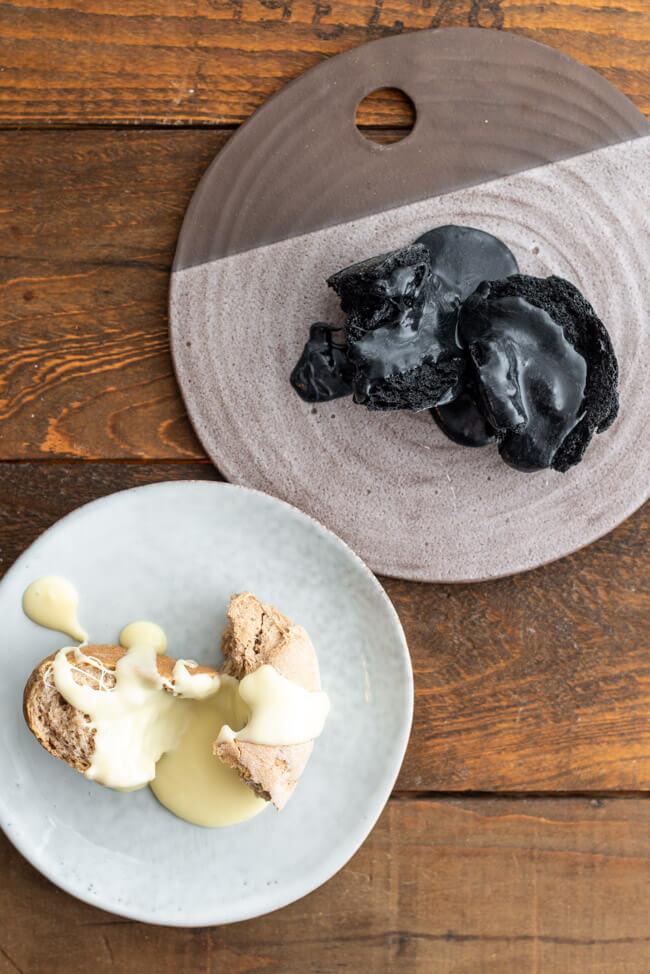 Kitchen Impossible Originalrezept: Original Schweizer Käsefondue ohne Kohle auf Ruchmehlbrot.
